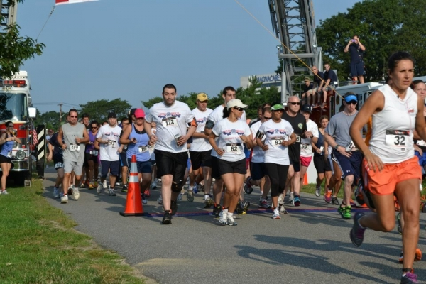 Our Long Island Community running to support our Veterans