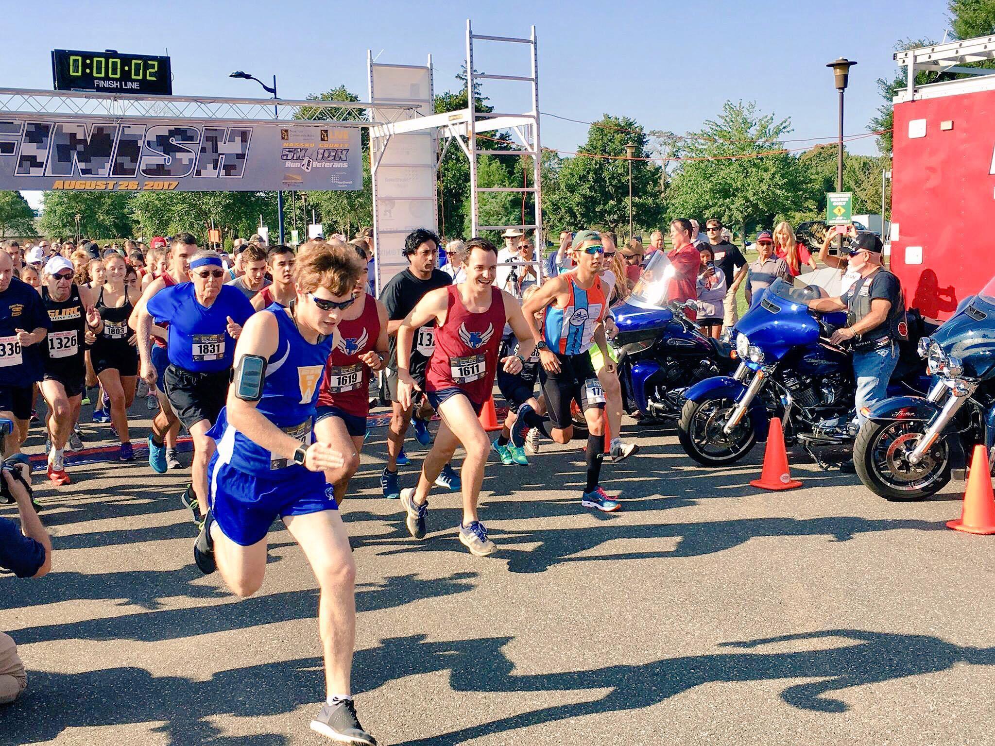 2017 5K/10K Race Start